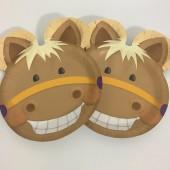 8 geformte Teller Süßes Pony